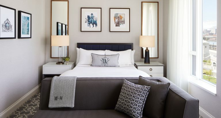 Charles River King Guestroom